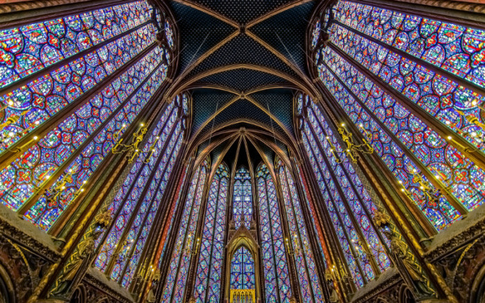 21 Awe Inspiringly Beautiful Stained Glass Windows