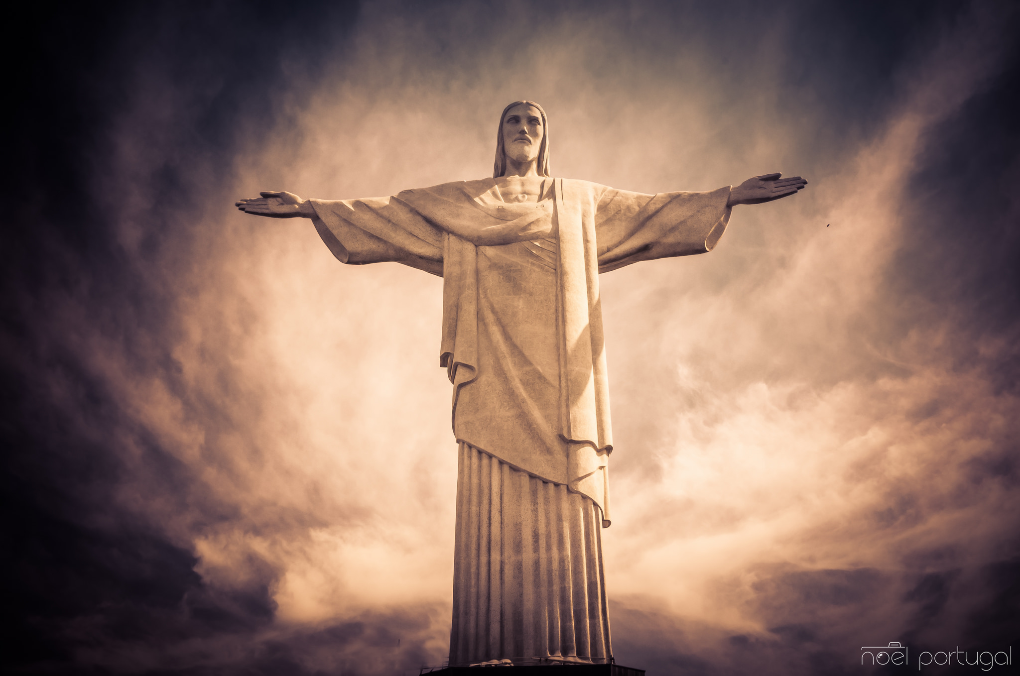 Christ The Redeemer : Beautifully inspiring photos of rio s iconic quot christ