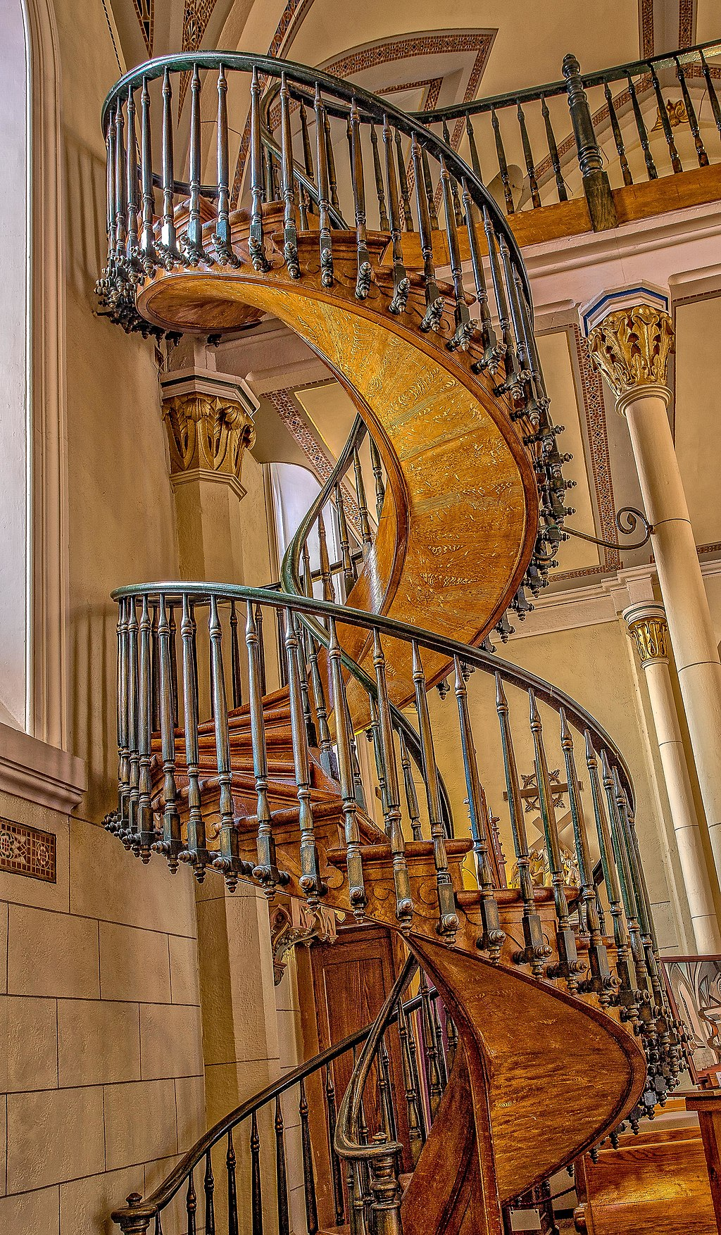 Did St Joseph Build This Miraculous Chapel Staircase Here S The Mysterious Legend